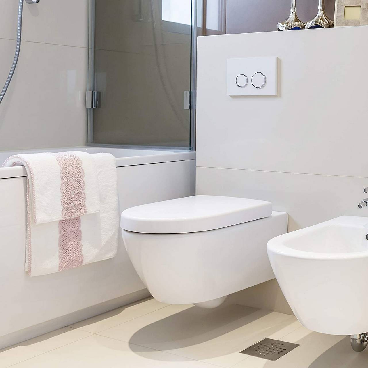 D Shape Toilet Seat Soft Close For Family Bathroom White Woltu Eu